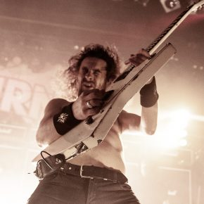 Airbourne // Amager Bio 4/10 2019